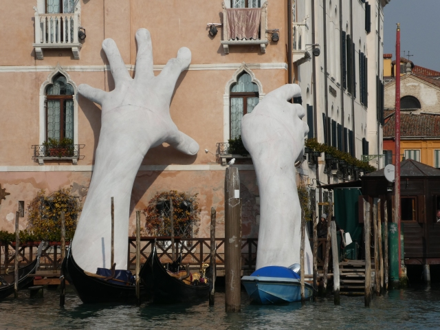 Support, Venice